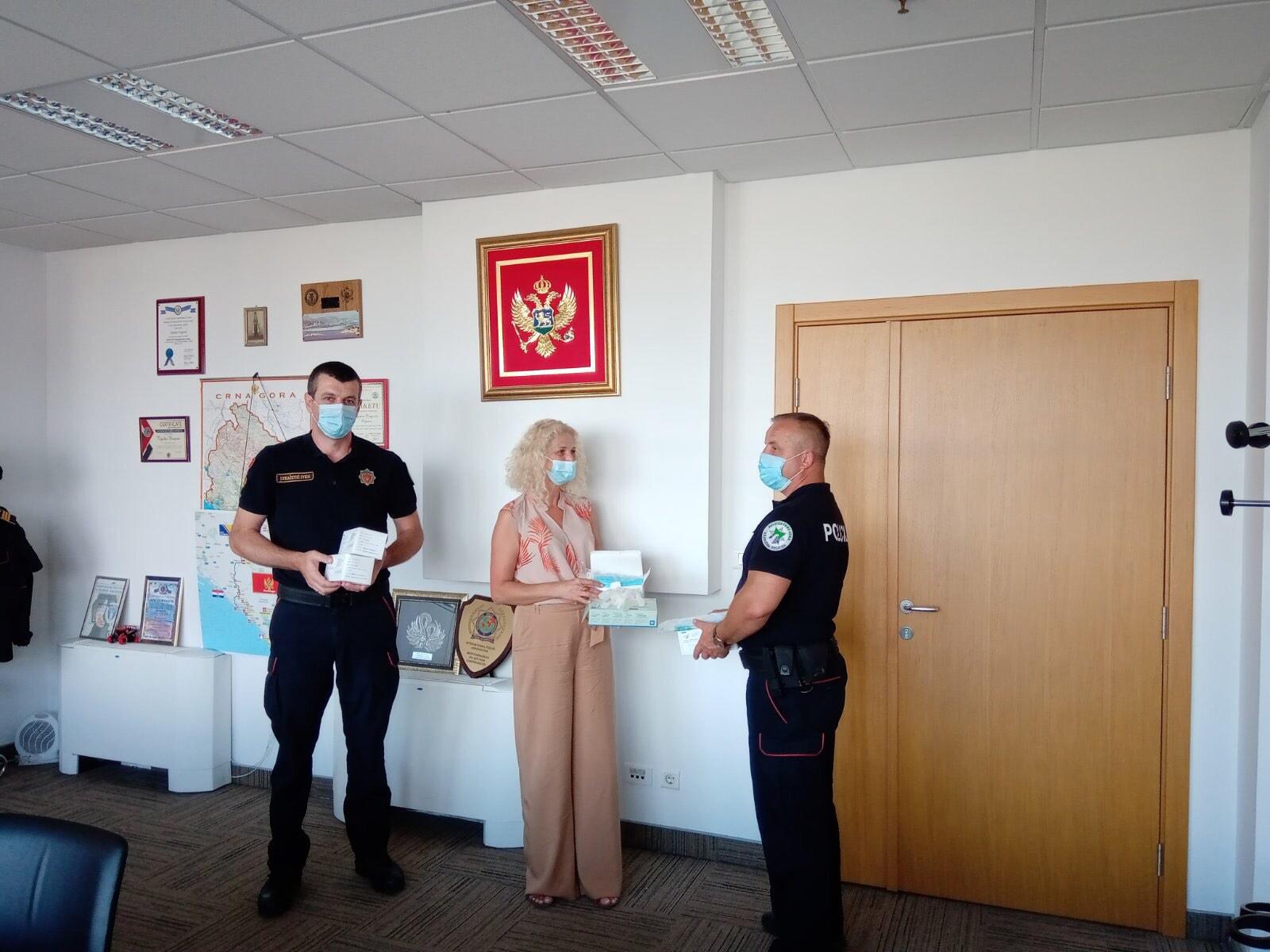 Donacija zaštitnih maski i zaštitnih rukavica